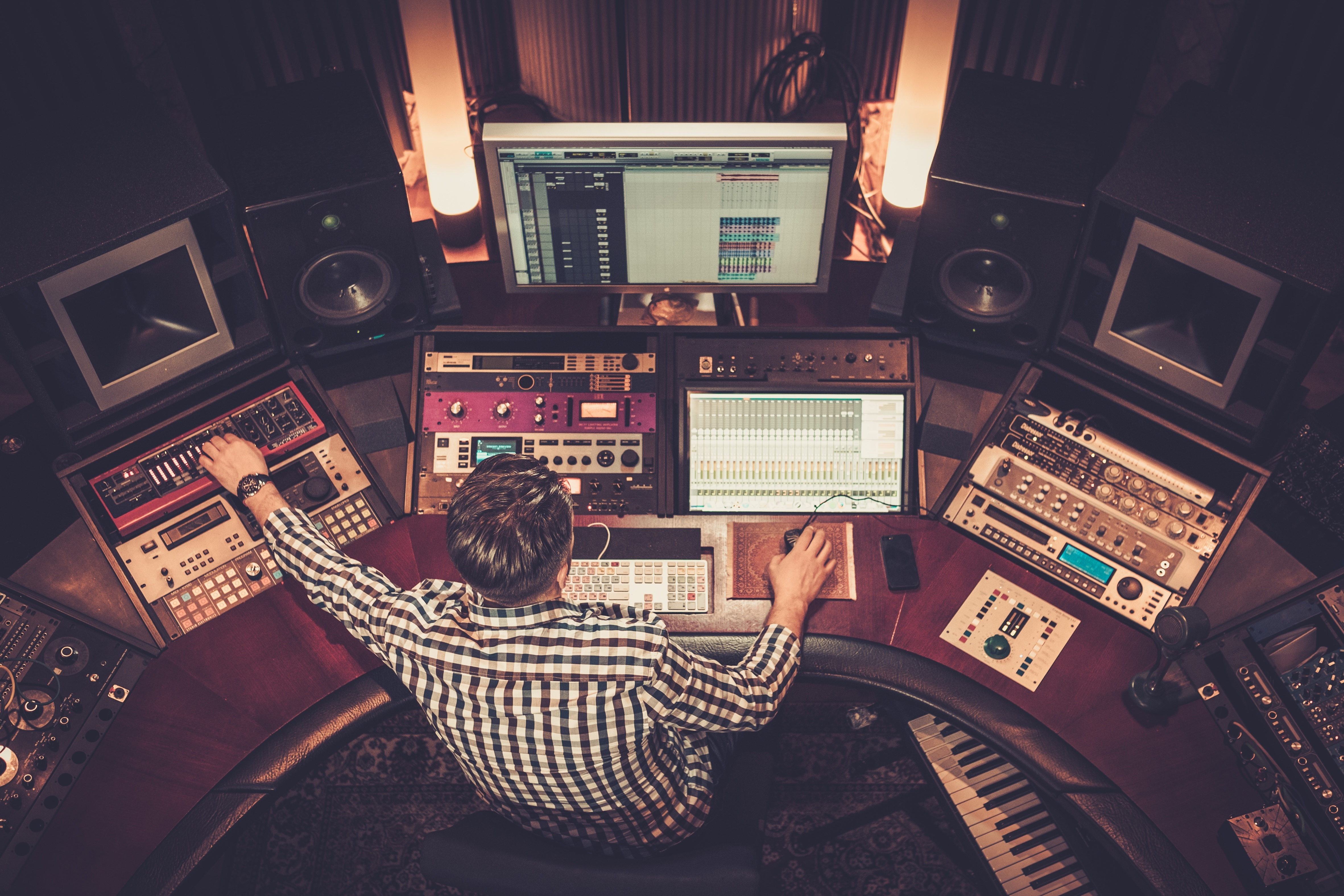 6 Of The Best Audio Interfaces For Beginners (2020)